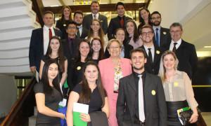 Estudantes de Direito da Uri de Frederico Westphalen visitam o gabinete