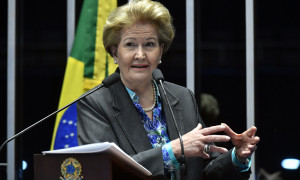 Ana Amélia é contra aumento de salário para ministros e parlamentares