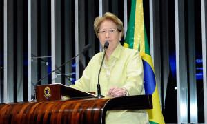 É surpreendente que um partido político brasileiro considere vitória de Maduro retumbante, diz Ana Amélia