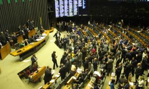 Congresso derruba veto ao Refis das micros e pequenas empresas