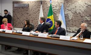 Ana Amélia pede apoio do embaixador argentino para facilitar o trânsito na fronteira