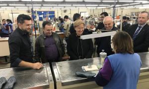 Ana Amélia visita indústria calçadista em Parobé