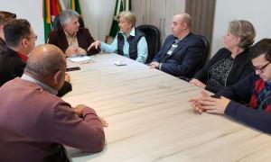 Senadora conversa com lideranças em Sapucaia do Sul e Canoas