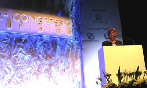 Projeto para combater fraudes no mercado de órteses e próteses é destacado em congresso jurídico da Abramge