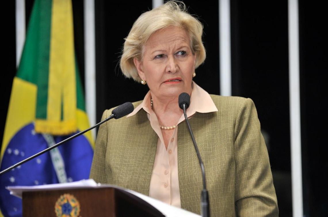 País que vive 'estado de exceção' é a Venezuela, enfatiza Ana Amélia