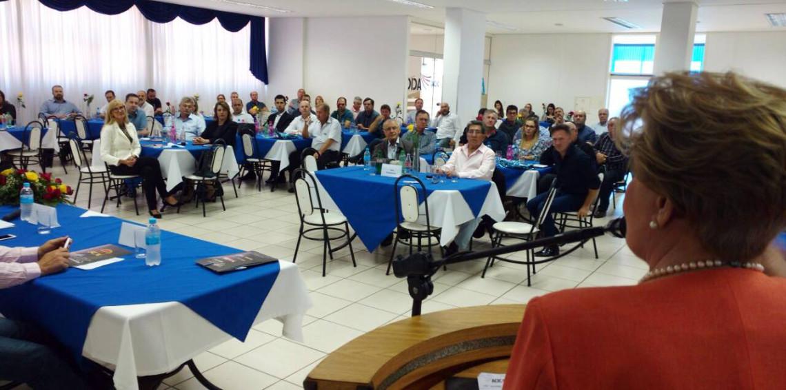 Evento com a presença da senadora dá início às atividades alusivas ao centenário da Acic de Carazinho