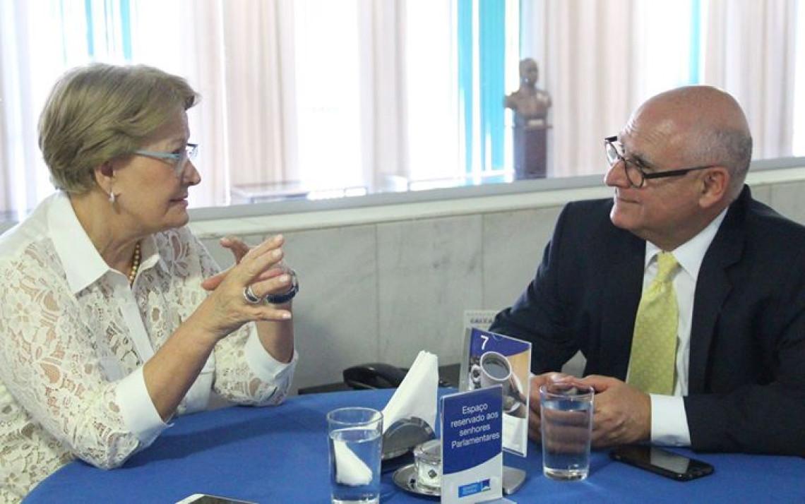 Presidente do Sindicato de Hospedages e Alimentação de Porto Alegre é recebido por Ana Amélia