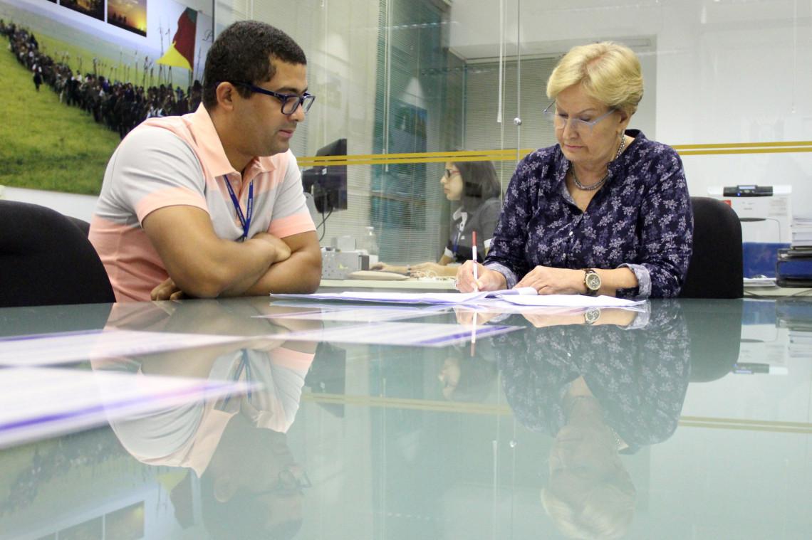 Ana Amélia assina requerimento para criação da CPI da Previdência