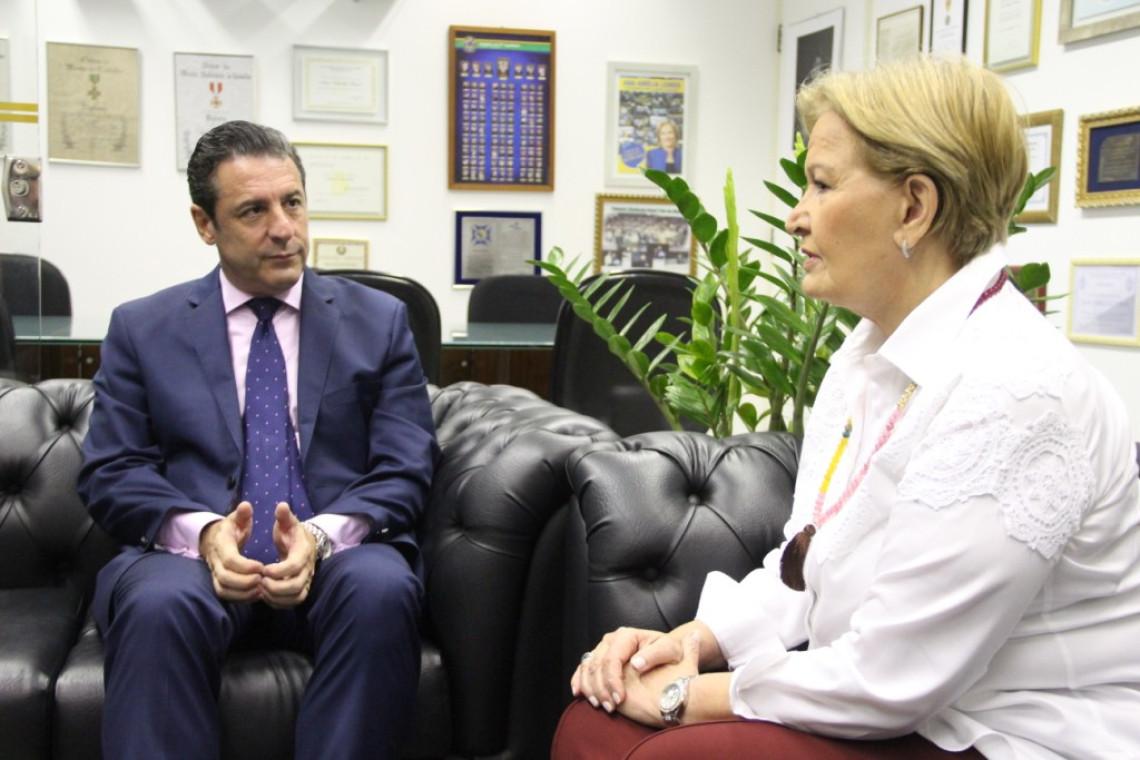 Senadora e embaixador argentino tratam sobre normas sanitárias e fitossanitárias