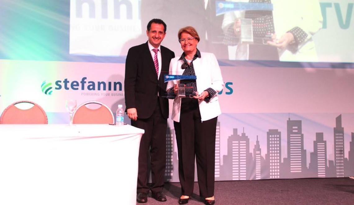 Ana Amélia é homenageada pela Associação de Empresas de Tecnologia de Informação