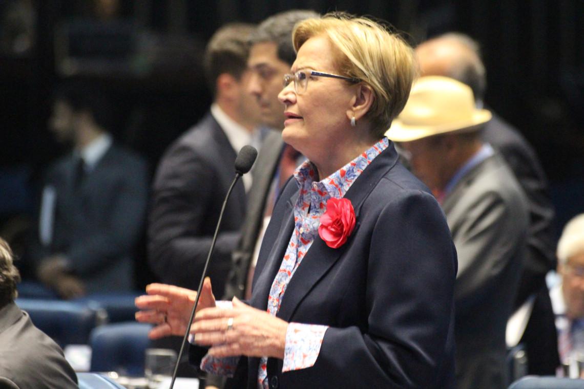 Senado aprova MP que altera regras do setor elétrico