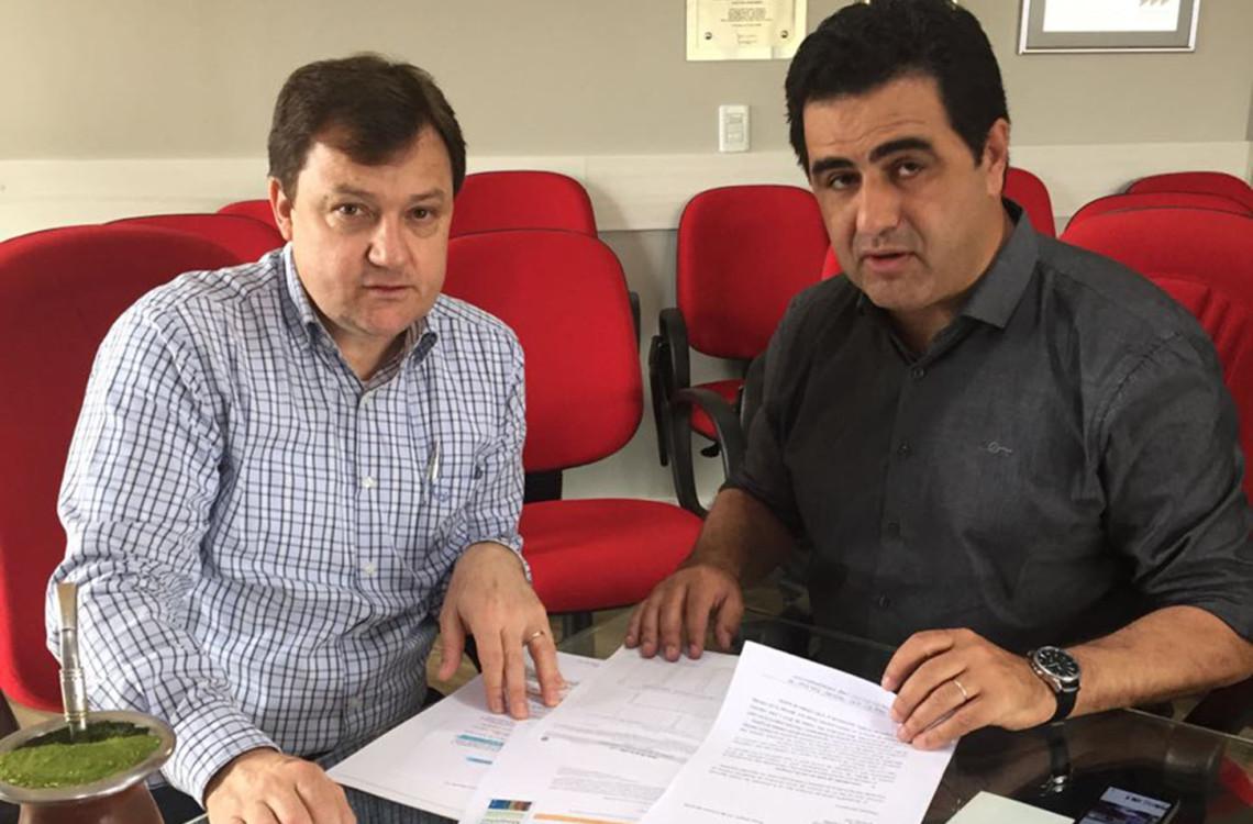 Limite à reconstituição de leite em pó no Brasil é tema de reunião