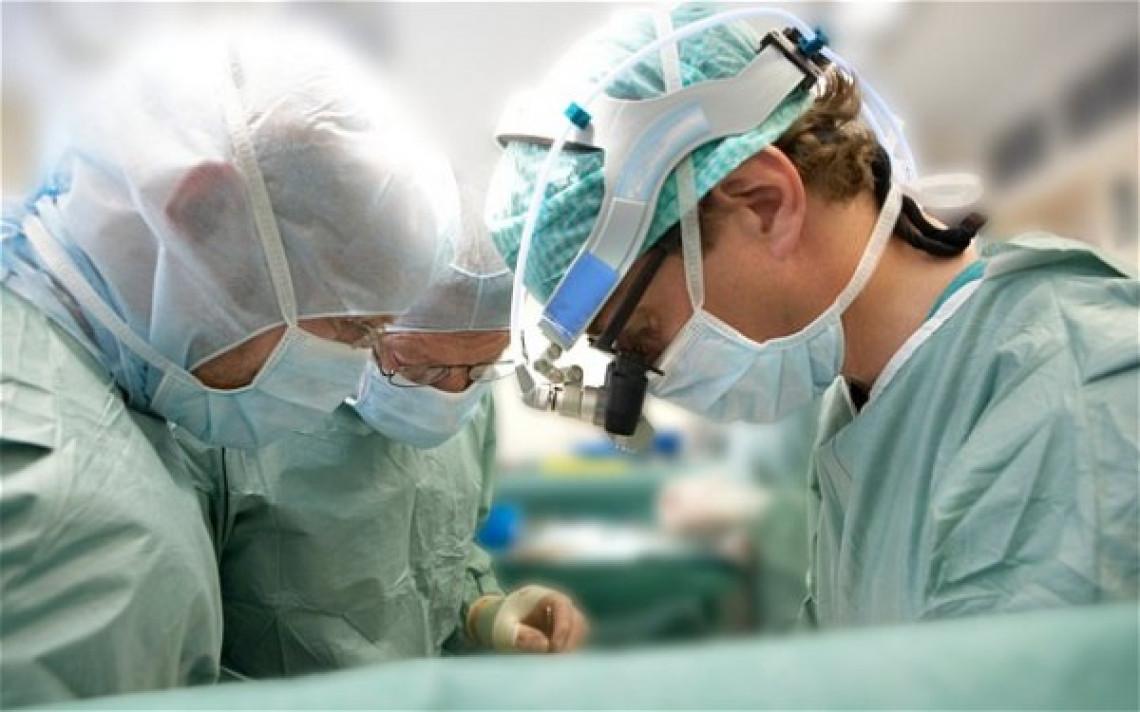 Preocupação com assistência cirúrgica a pacientes de doenças cardiovasculares é relatada na tribuna