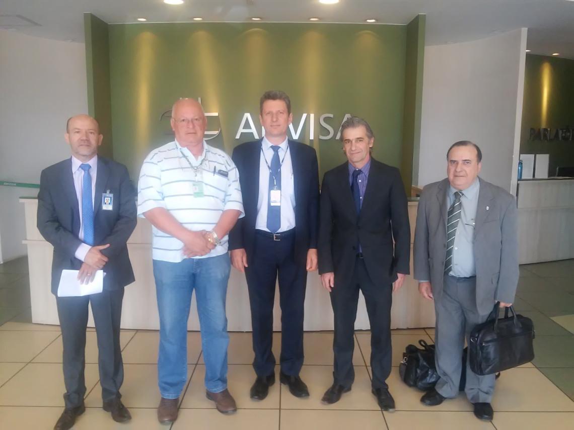 Gabinete da senadora apoia demanda do da indústria de doces e conservas de Pelotas em reunião na Anvisa