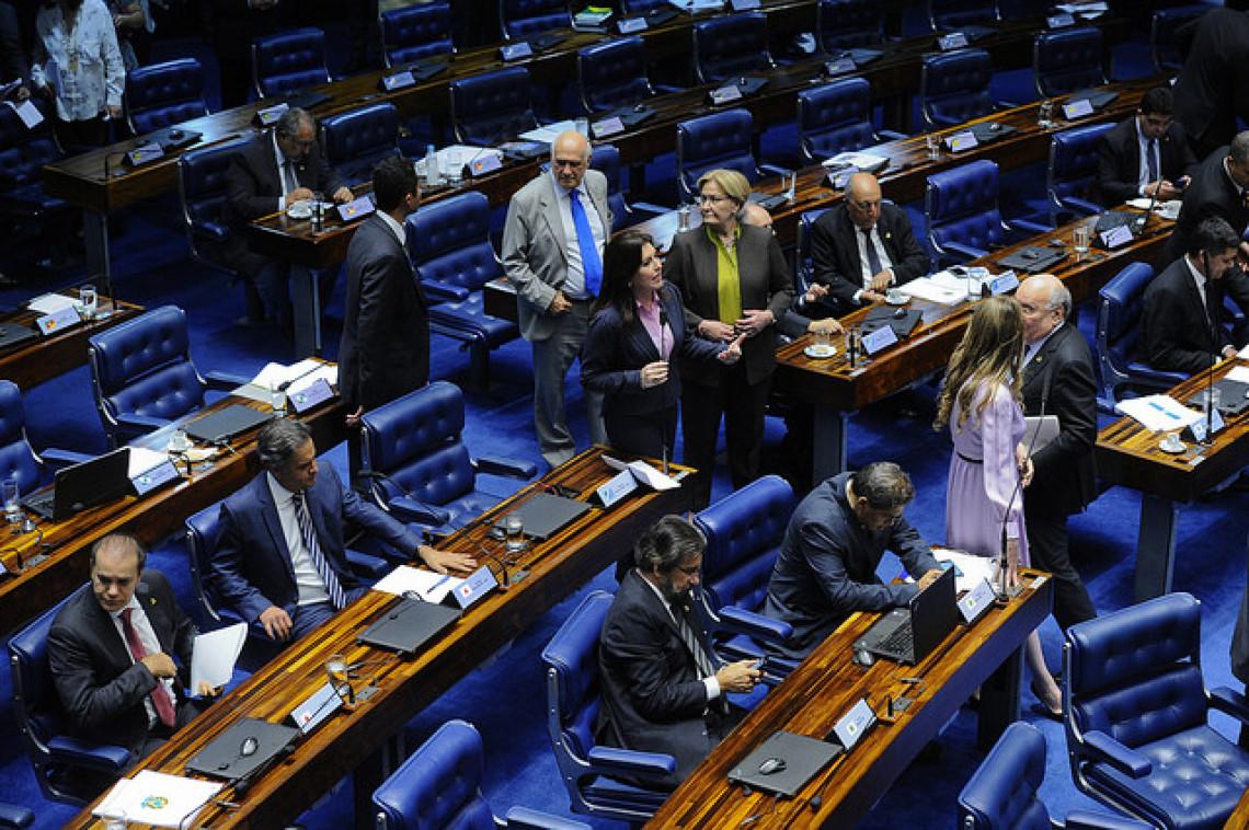 Senado aprova em segundo turno PEC do Simples Municipal