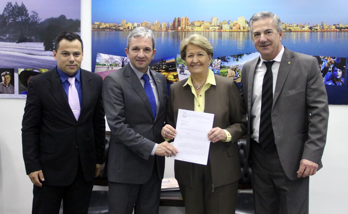 Ana Amélia irá agendar audiência na Casa Civil por recursos para obras de duplicação da BR 290
