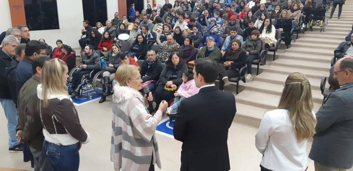Senadora reafirma apoio a projeto que aumenta destinação de recursos para educação especial