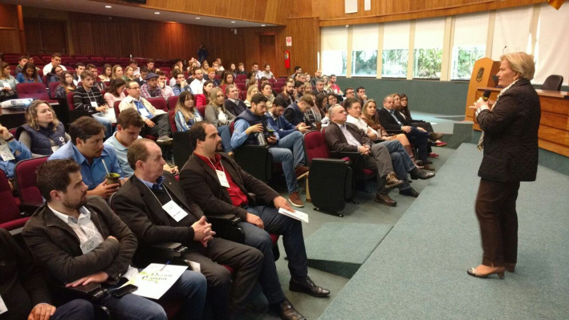 Seminário debate empreendedorismo e gestão jovem no meio rural