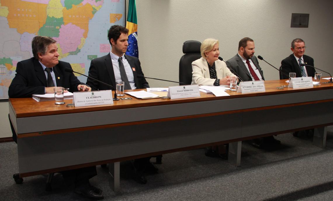 Audiência da Comissão de Agricultura aponta dificuldades da Defesa Agropecuária brasileira