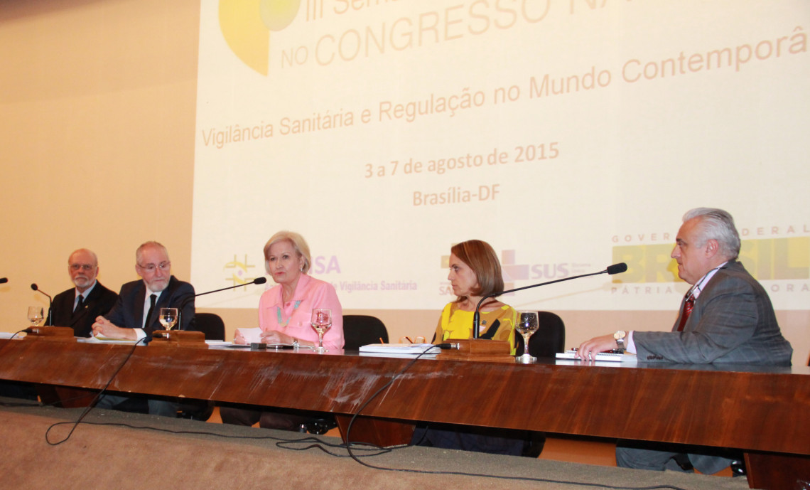 Semana de Vigilância Sanitária no Congresso Nacional debate a regulação no setor