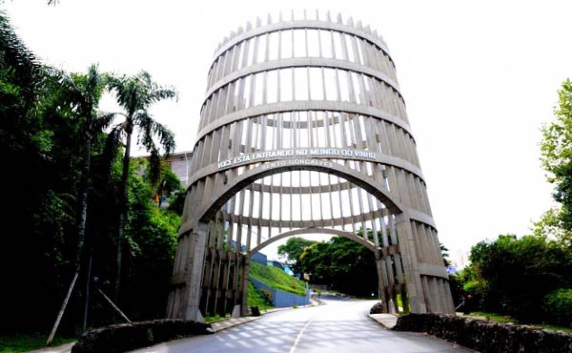 Iniciativa do prefeito de Bento Gonçalves para atrair investimentos é elogiada na tribuna do Senado