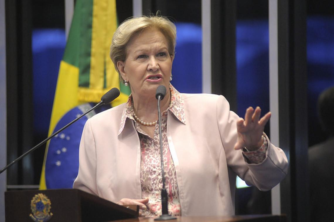 Ana Amélia: memória dos defensores da presidente afastada é seletiva
