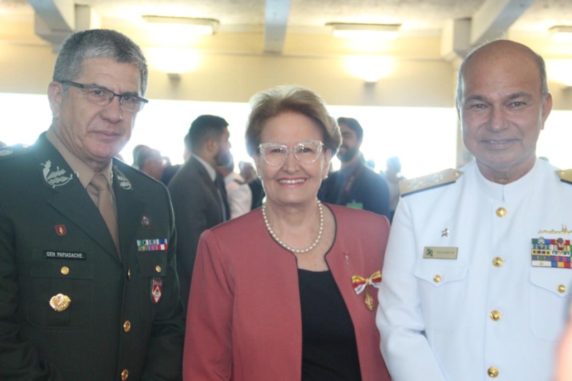 Ana Amélia é agraciada com Ordem do Mérito Judiciário Militar