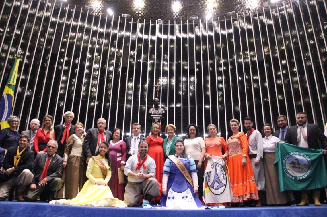 Senado homenageia tradições gaúchas