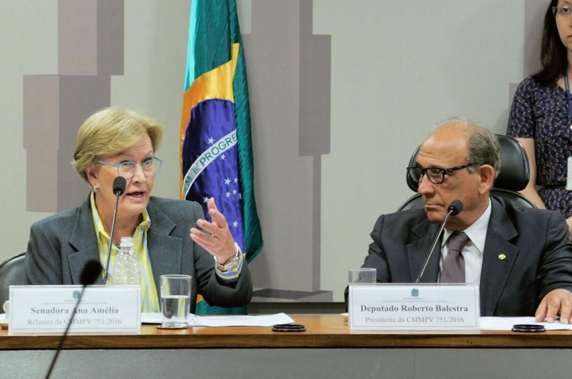 Governo sanciona Medida Provisória que cria o Cartão Reforma