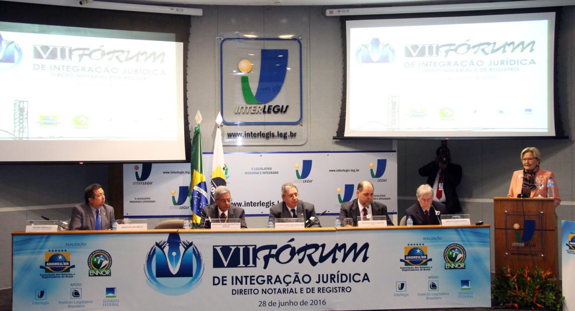 Fórum de Integração Jurídica debate a desburocratização dos registros públicos
