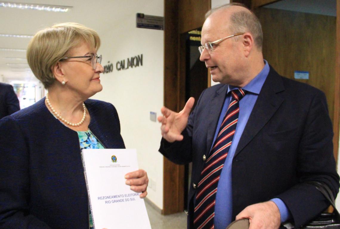 TRE-RS conclui estudo sobre o impacto do rezoneamento eleitoral no estado