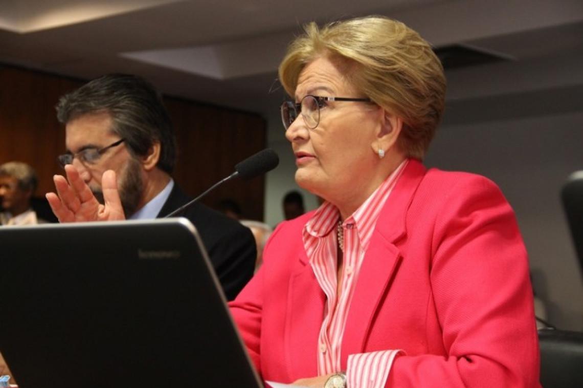 Comissões vão debater regulamentação de aplicativos de transporte