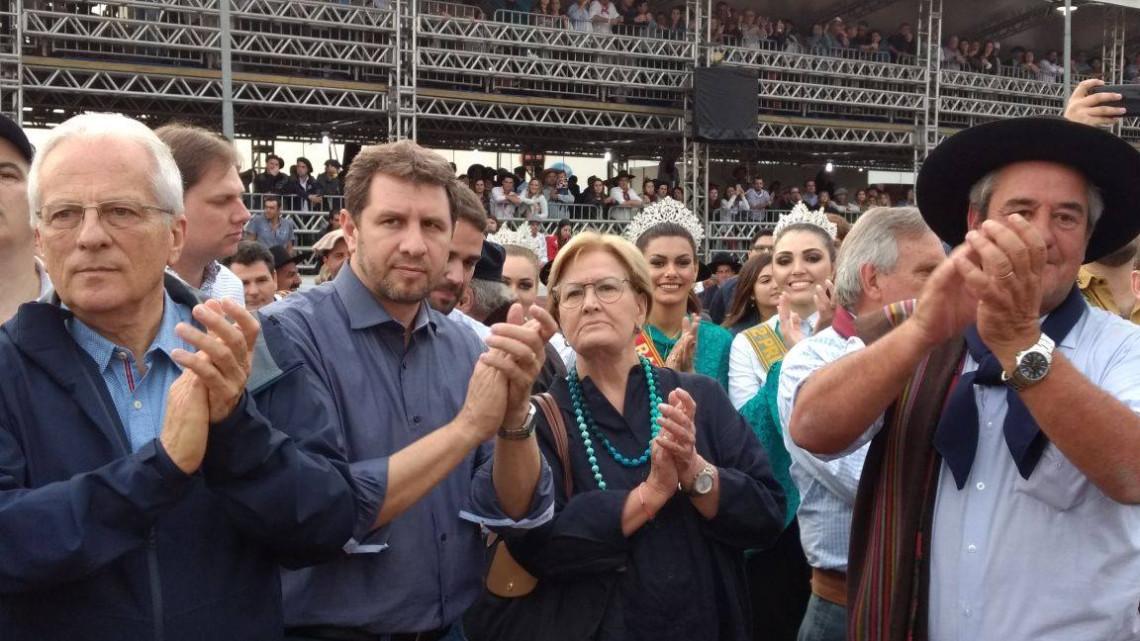Final do Freio de Ouro levou milhares de pessoas à Expointer no domingo