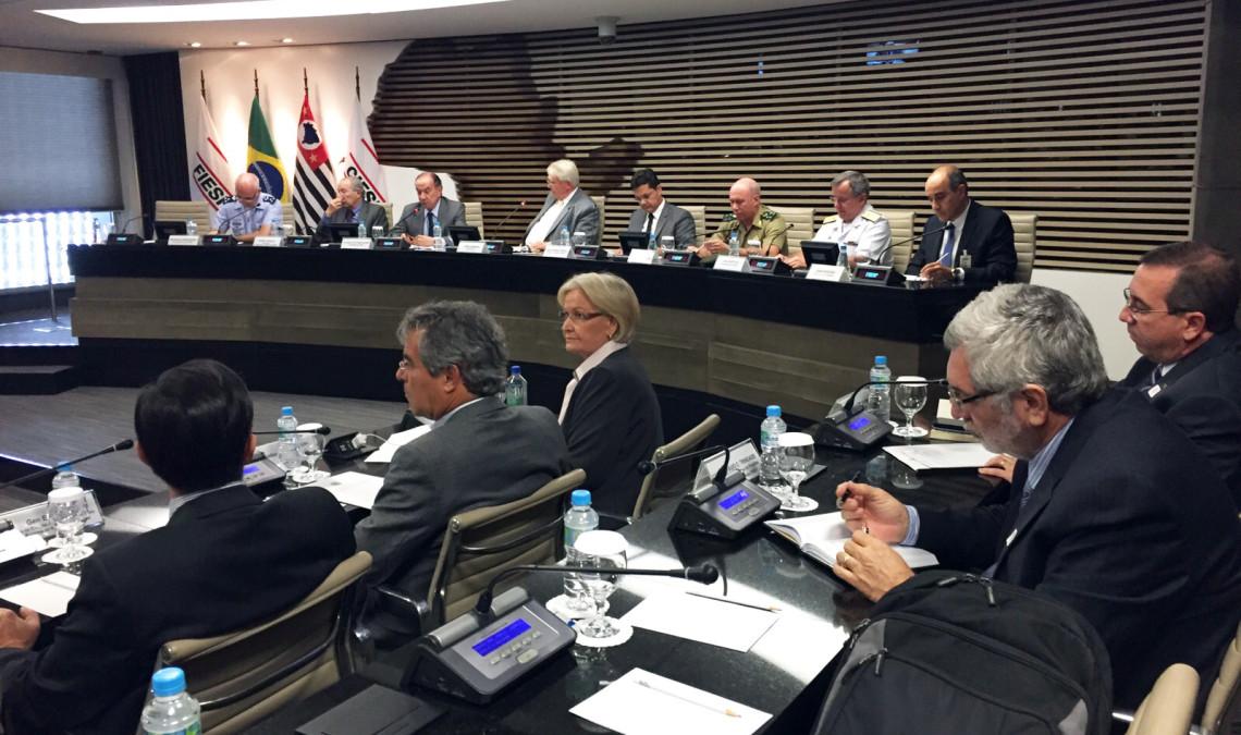 Reunião da CRE em São Paulo debate questões relacionadas à indústria da defesa e da inovação