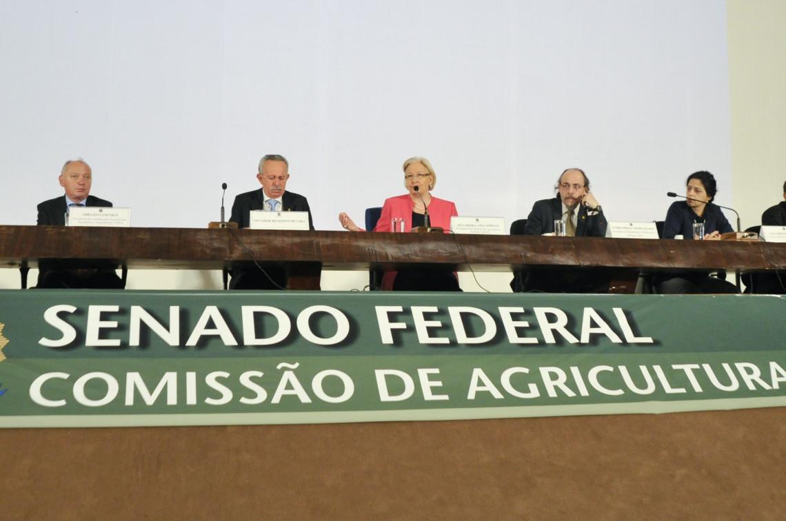 Comissão de Agricultura apoia reivindicação de pescadores por compensação ambiental