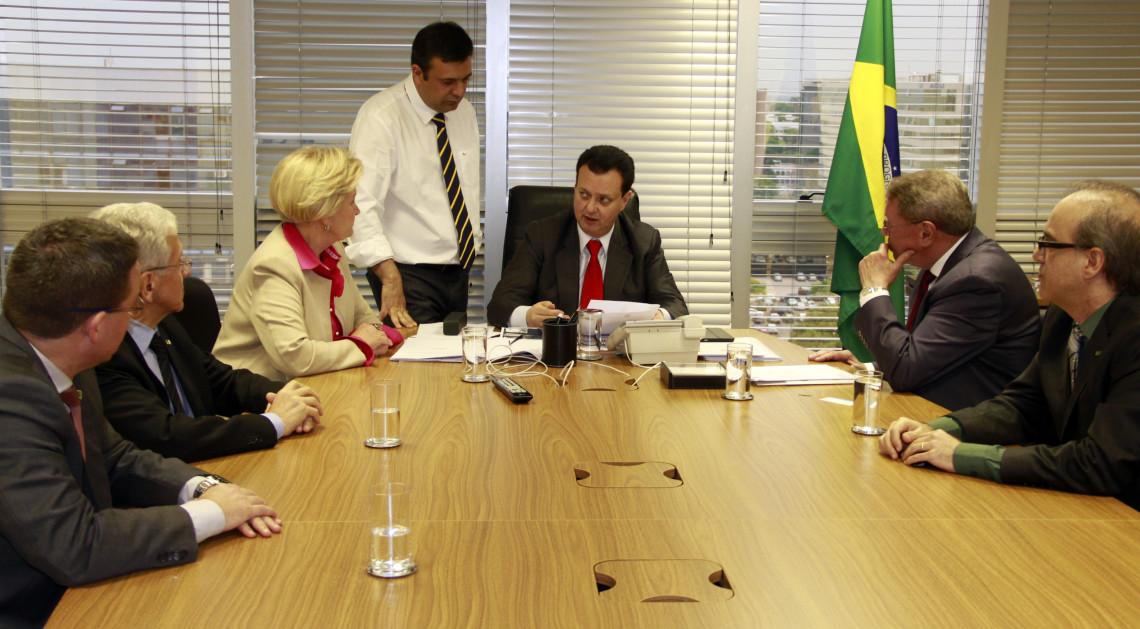 Ministro das Cidades acena positivamente em relação a demandas de Santa Cruz do Sul