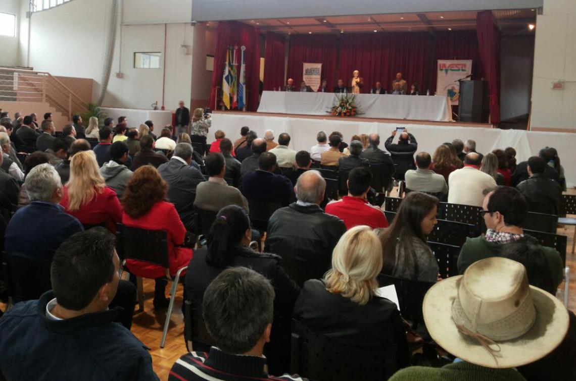 Senadora participa do Seminário Estadual de Vereadores 2015, em Urubici, Santa Catarina