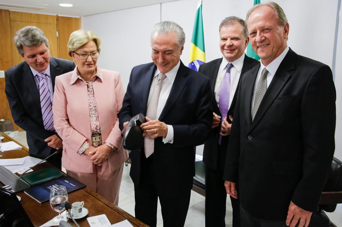 Lideranças do setor calçadista são recebidas pelo presidente Michel Temer