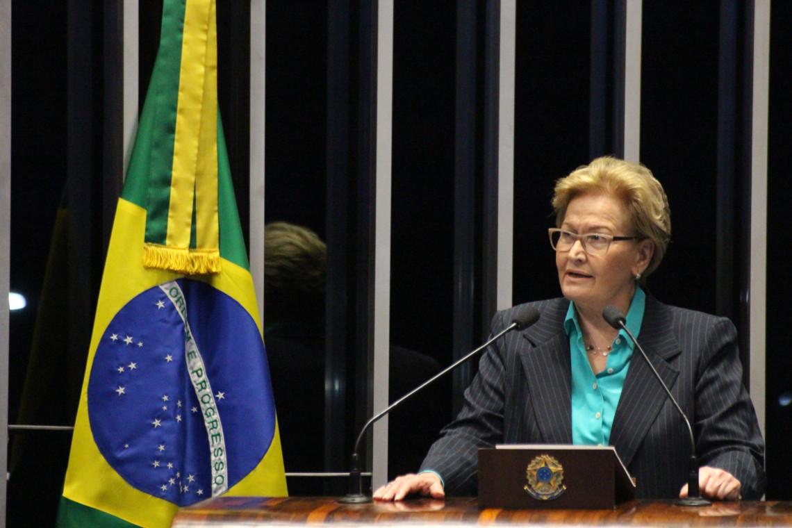 Ana Amélia critica demora da decisão de Temer no caso Geddel