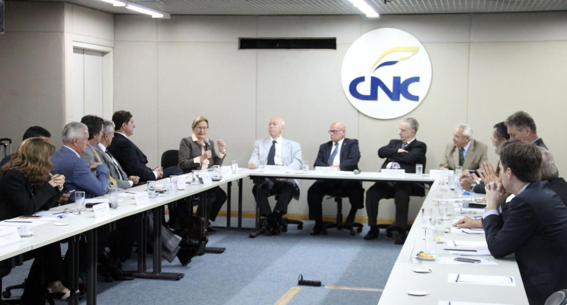 Senadora participa de reunião da Câmara Brasileira do Comércio de Gêneros Alimentícios
