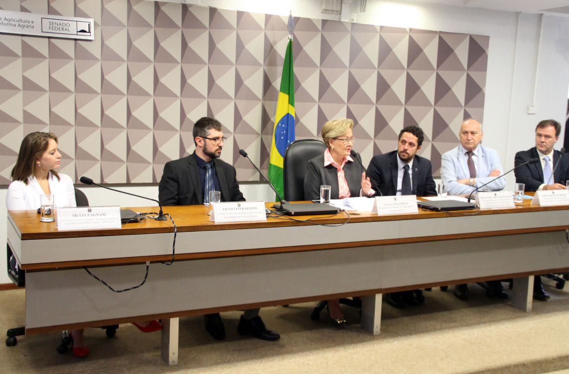 Audiência pública alerta para riscos do avanço do contrabando e falsificação de agrotóxicos