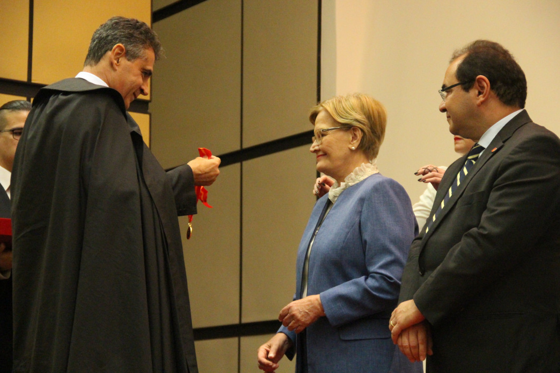 Ana Amélia é agraciada com a comenda Ordem do Mérito Ministério Público Militar