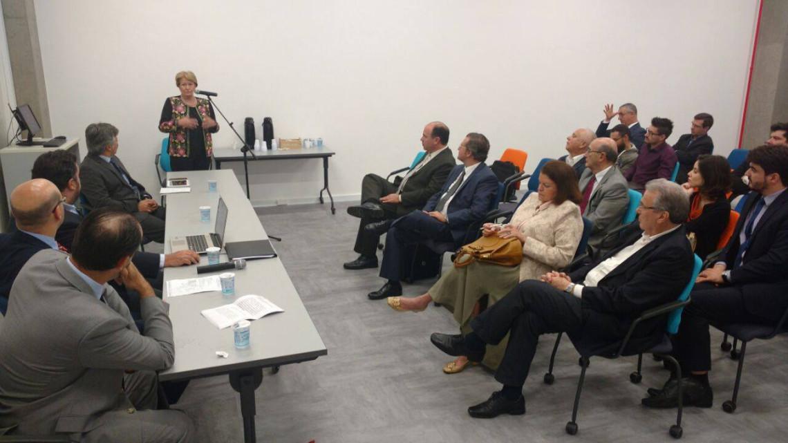 Ana Amélia defende liberdade de imprensa durante debate em Porto Alegre