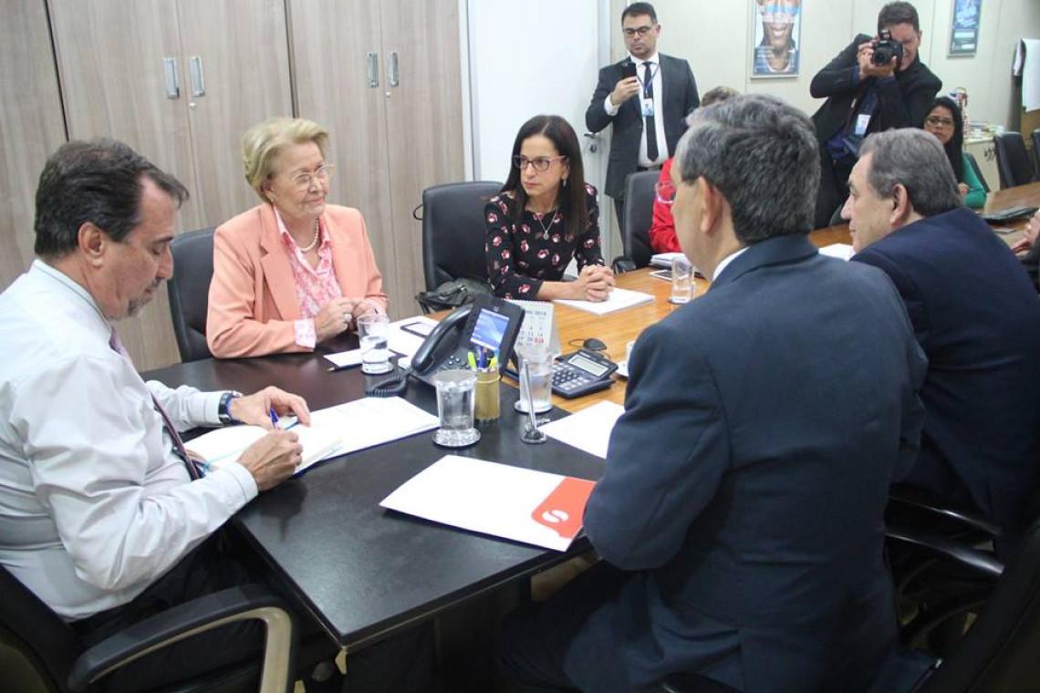 Ministro da Saúde garante portaria reduzindo custos para abertura de clínicas de nefrologia