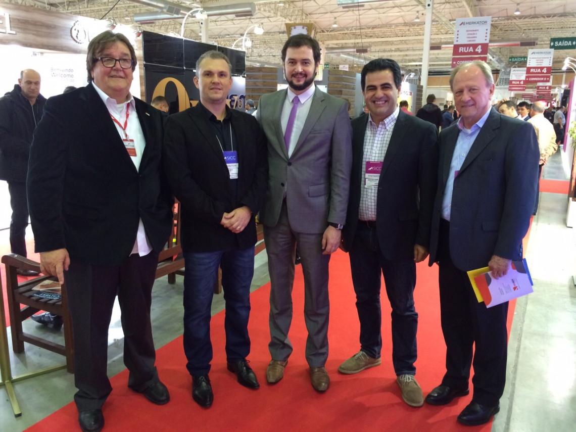 Salão Internacional do Couro e do Calçado registra aumento nas vendas