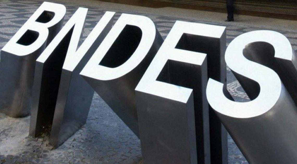 Veto presidencial ao fim do sigilo das operações do BNDES contraria transparência exigida pela sociedade, avalia Ana Amélia