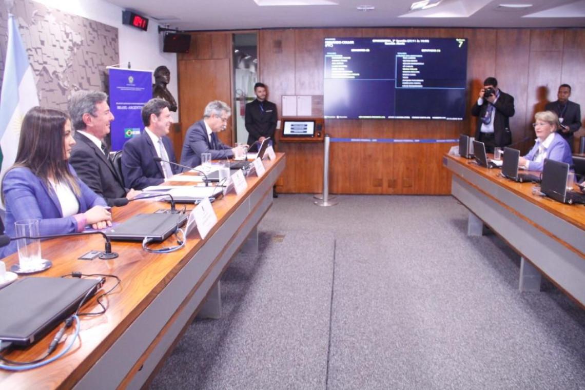 Grupo parlamentar Brasil-Argentina aprova plano de trabalho