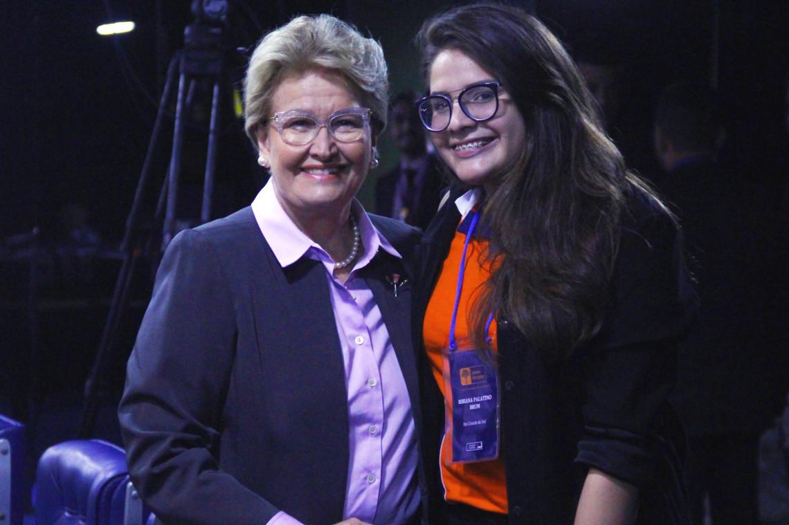 Estudante de Uruguaiana é selecionada no Projeto Jovem Senador