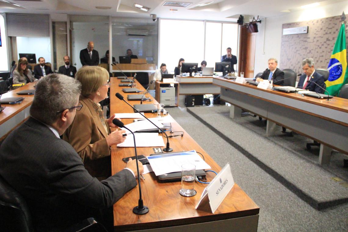 CRE ouvirá ministros sobre crises orçamentárias na PF e na PRF