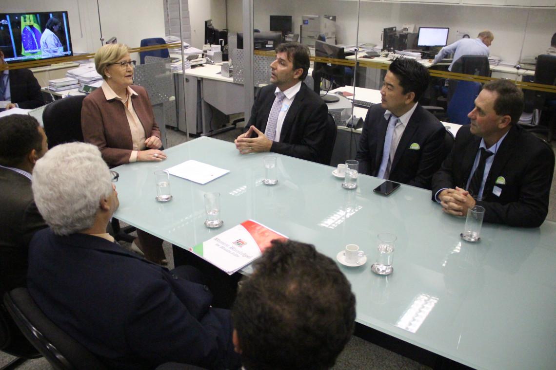 Senadora garante apoio à demanda dos produtores brasileiros de cebola